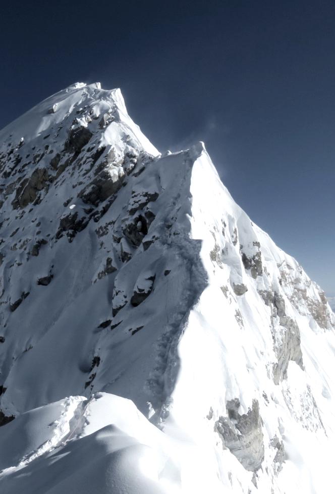 approach-mountain